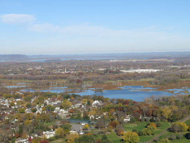 View of the Mississippi River from Grandad Bluff