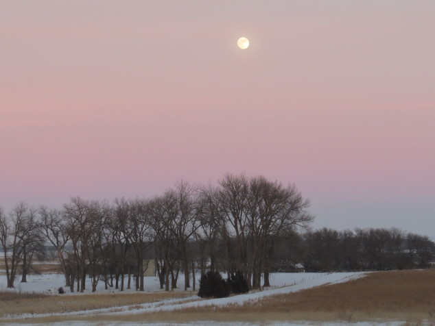 Sundown and moonrise on 1-22-16